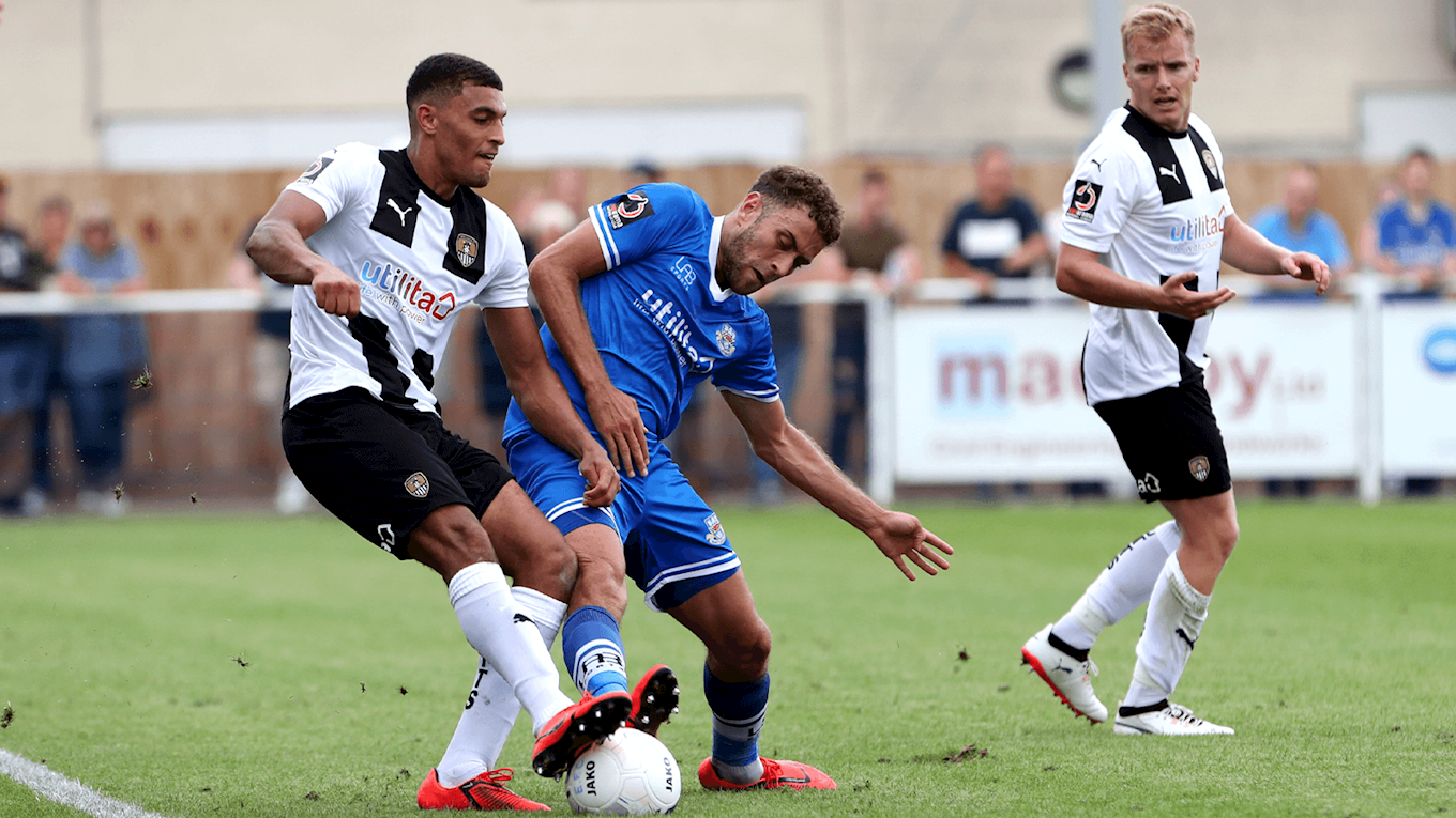 Oxlade-Chamberlain at Eastleigh.png