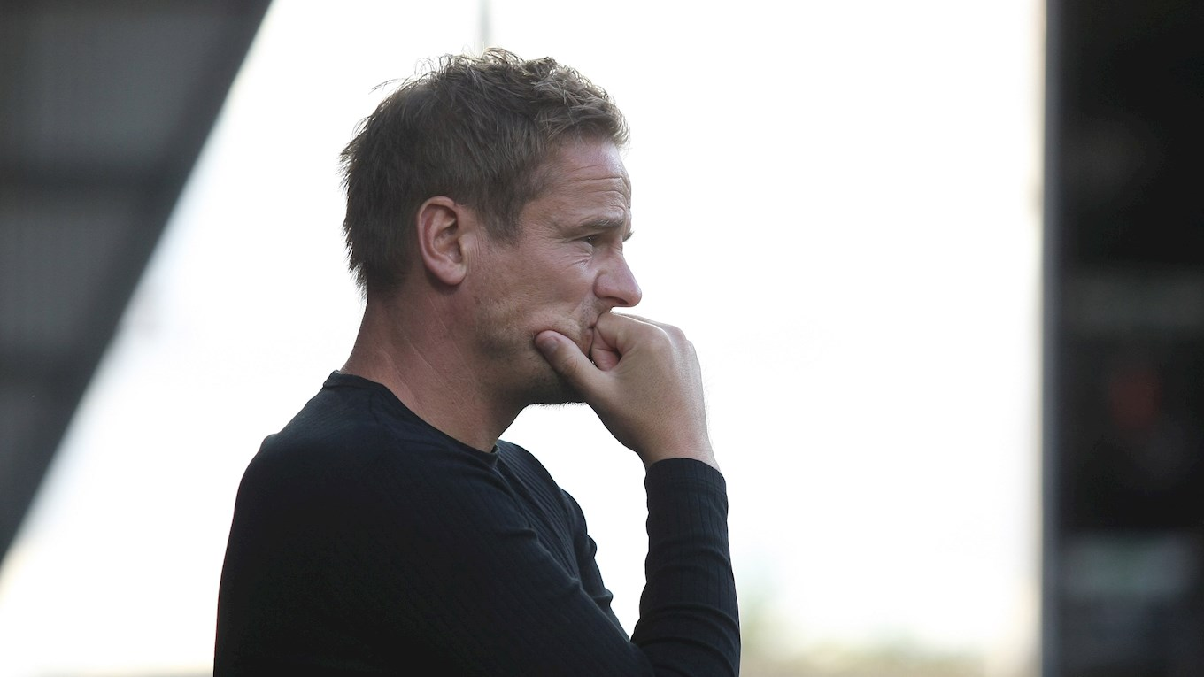 Neal Ardley watches on vs Stockport.jpg